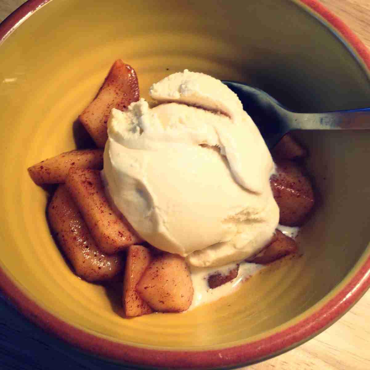 10 Ways to Eat an Apple - Rebecca Bitzer & Associates