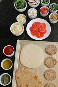 easy cooking for kids pizza bar