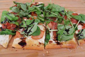 Pizza with Prosciutto & Arugula