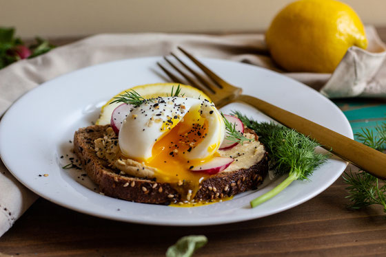 Eggs and Veggie Topped Hummus Toast with Everything Bagel Spice Mix