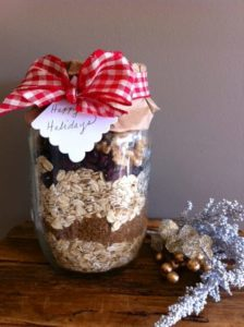 Breakfast oatmeal jar for DIY gift